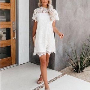 White Lace Dress (VICI)